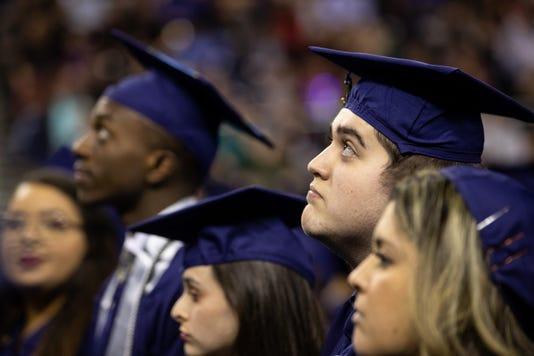 2226375002 Robstown Graduate 14