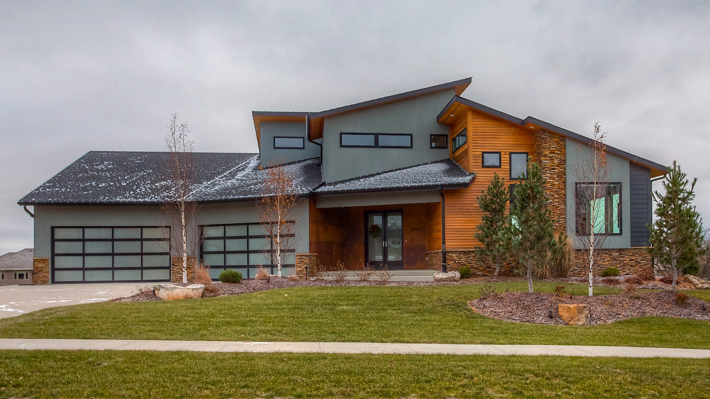 Mansion Monday: Contemporary Grimes home is remarkable inside and out