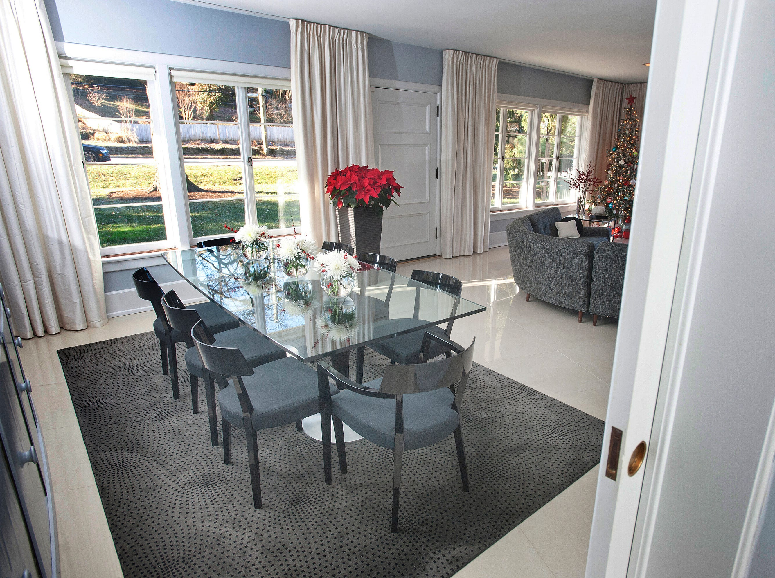 The dining room with glass table.10 December 2018