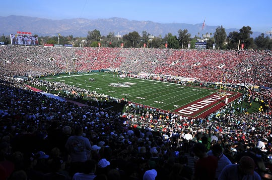 After a drought of 26 years,  Michigan State's football team and fans finally made the trip to Pasadena for the Rose Bowl on Jan. 1, 2014. MSU fans long to feel a similar buzz again.