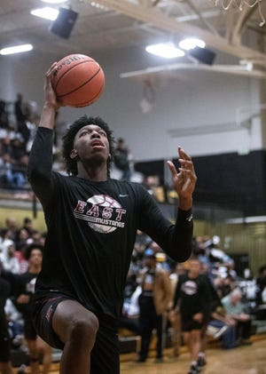 East Memphis Mustangs forward, James Wiseman, warms before a high school basketball game between East Memphis Mustangs and the Whitehaven Tigers, Thursday, Dec. 13, 2018.