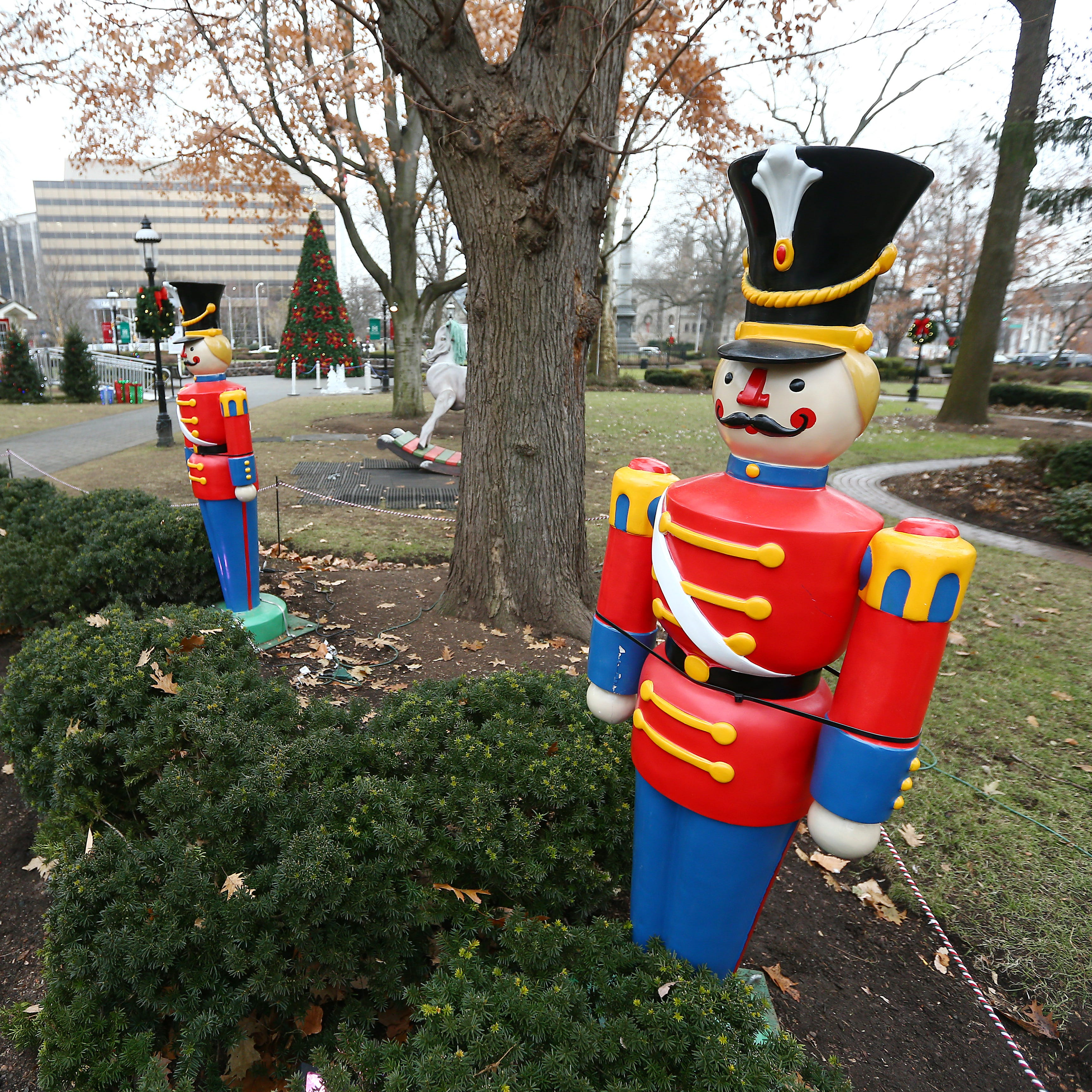 Video catches 'Grinch' stealing toy soldier from Morristown Green Christmas fest