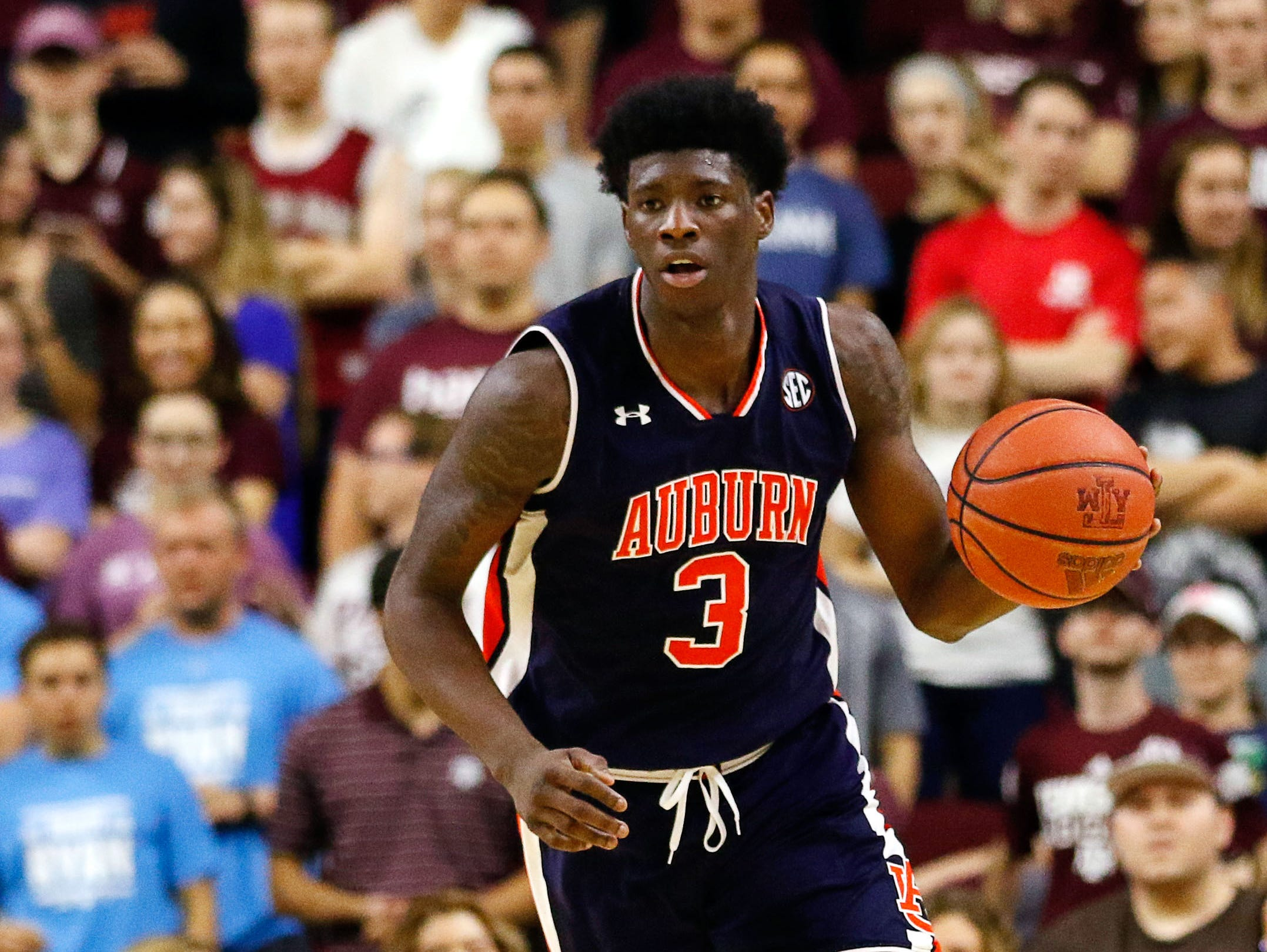 Feb 18, 2017; College Station, TX, USA; Auburn Tigers forward Danjel Purifoy (3) dribbles up court against the Texas A&M Aggies during a game at Reed Arena. Texas A&M won 81-62. Mandatory Credit: Ray Carlin-USA TODAY Sports