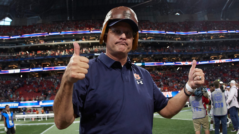 Auburn coach Gus Malzahn clears the air about contract