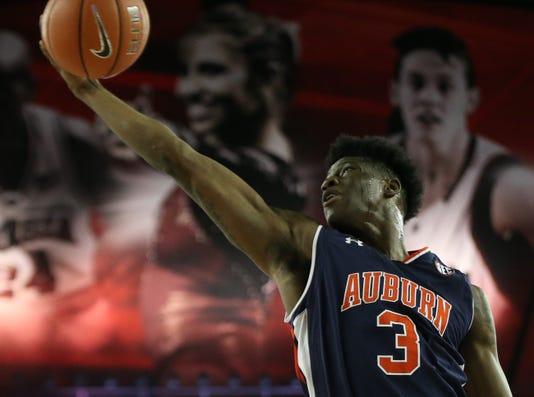 Ncaa Basketball Auburn At Georgia