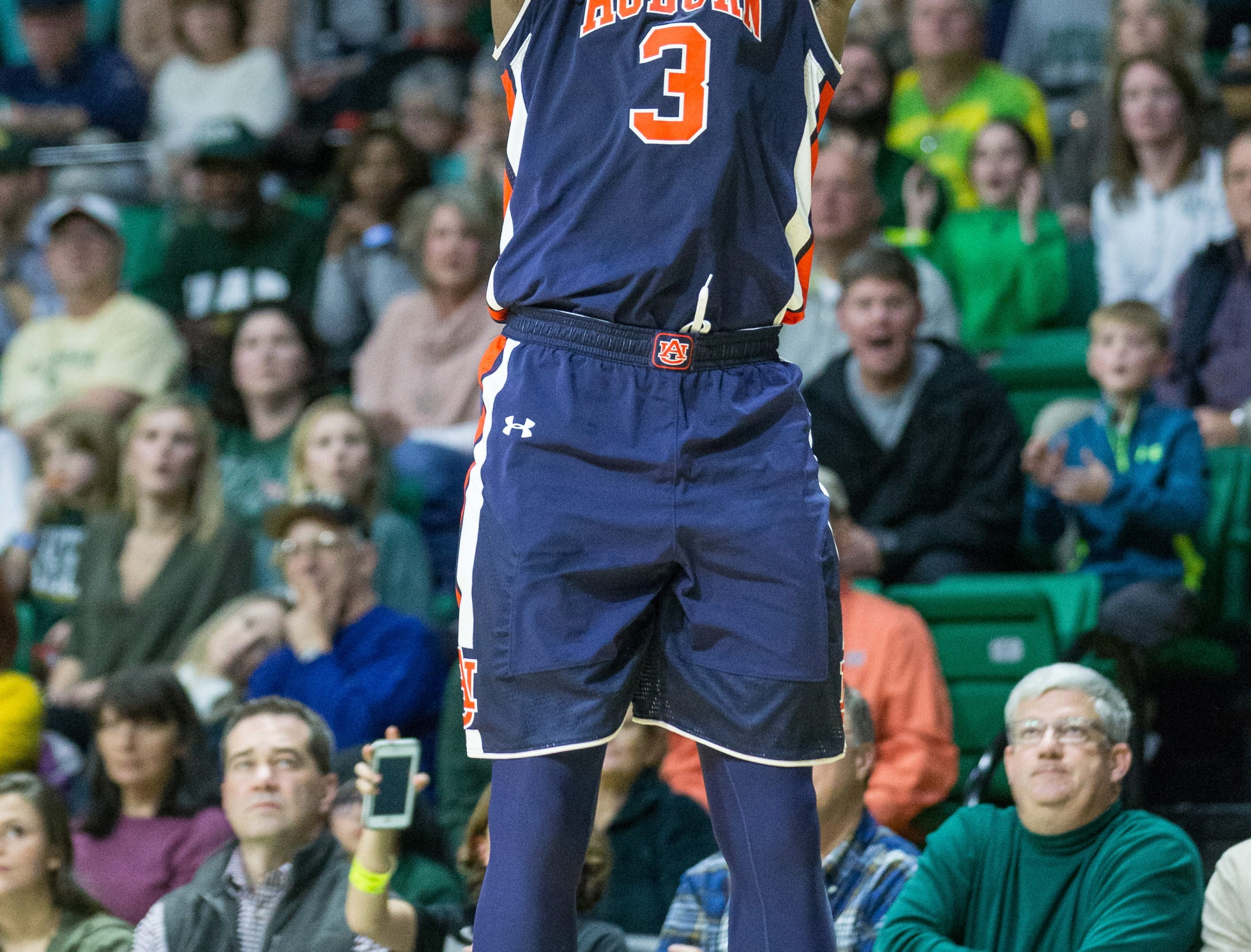 Dec 3, 2016; Birmingham, AL, USA; Auburn Tigers forward Danjel Purifoy (3) shoots against UAB Blazers at Bartow Arena. Mandatory Credit: Marvin Gentry-USA TODAY Sports