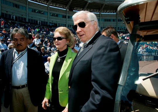 Joan Steinbrenner and her husband, New York Yankees principal owner George Steinbrenner arrive for a pre-game ceremony renaming Legends Field as George M. Steinbrenner Field in Tampa, Fla., Thursday, March 27, 2008. (AP Photo/Kathy Willens)