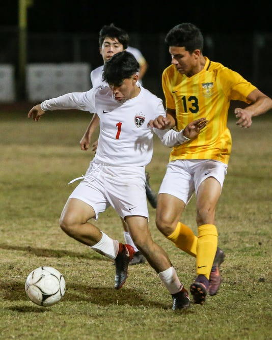 Coachellavalleyvsdesertmirage Boys Soccer 13
