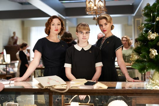 "The Palm Springs International Film Festival will close with ""Ladies in Black,"" directed by Bruce Beresford, on Jan. 13."