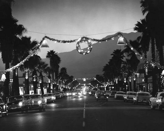 Christmas 1950s on Palm Canyon Drive.