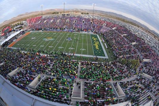 Ncaa Football Las Vegas Bowl Boise State Vs Oregon