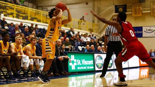Tyler Green basketball