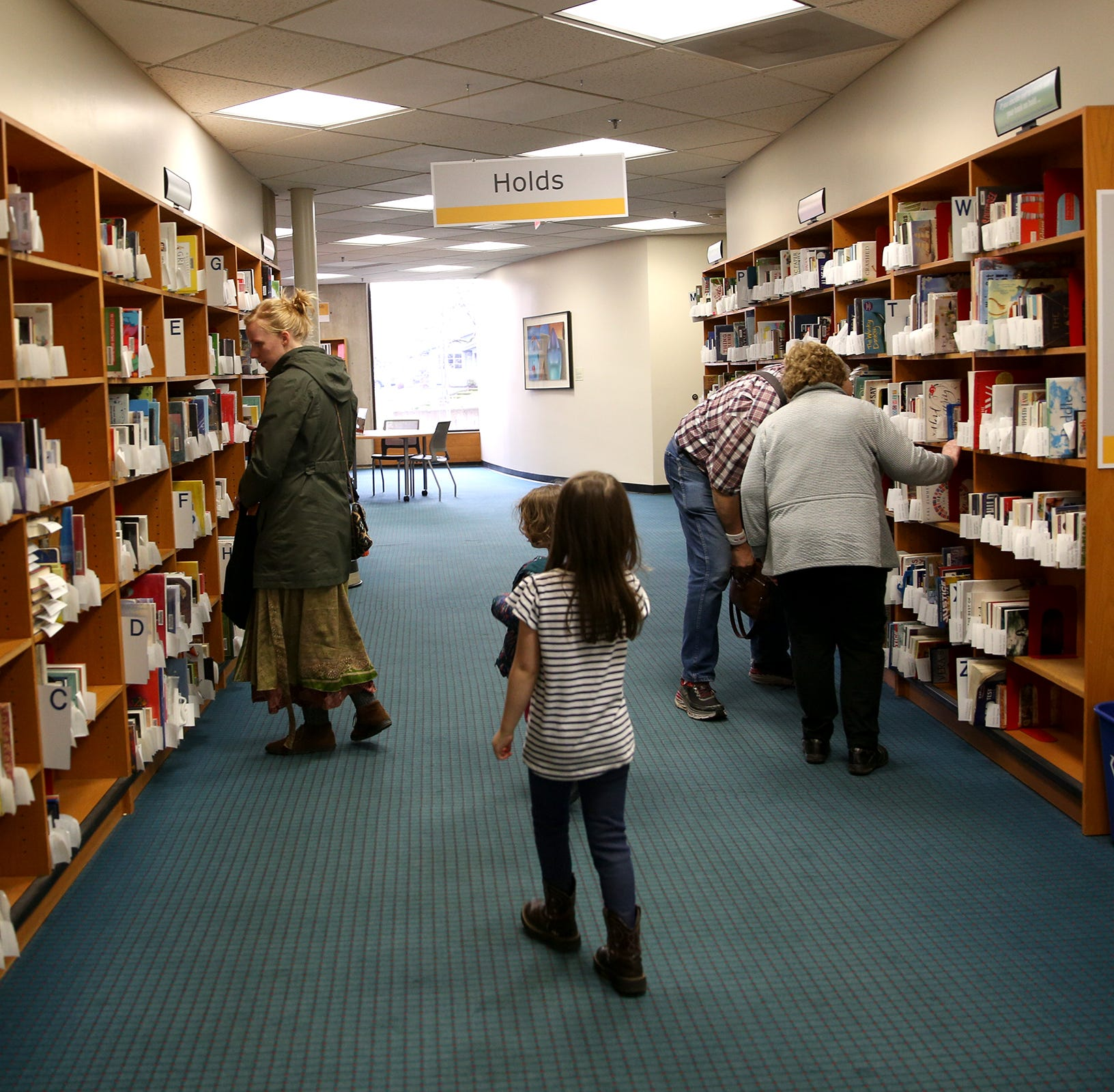 Salem Public Library halts book removal campaign until January
