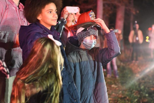 A surprise parade celebrated Jake Newcomer, an 11-year-old boy battling cancer. Jake loves Christmas parades and couldn't attend due to treatment. So the Christmas parade came to him. Members from all over the community lined up in front of Jake's home and put on a huge show.