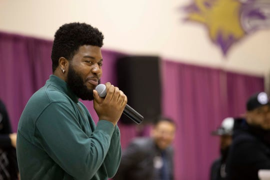 Superstar and El Pasoan Khalid visited Ernesto Serna School on Thursday to deliver gifts to students. Khalid graduated from Americas High School, also in the Socorro ISD, in 2016.