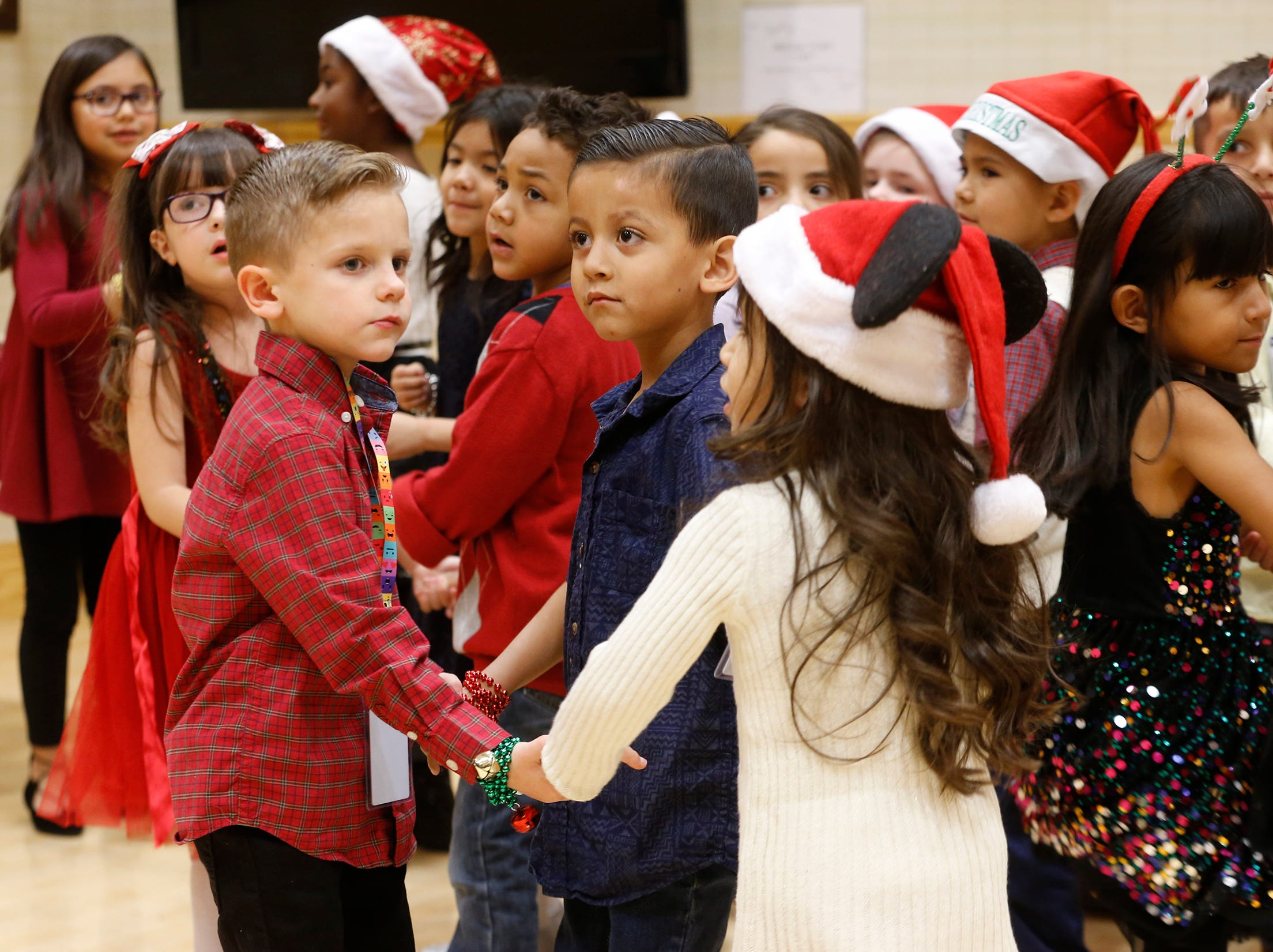 Students from Sgt. Jose F. Carrasco Elementary from SISD, spent their lunch time singing to seniors. The kindergarten students visited three separate dining areas at the Ambrosio Guillen Texas State Veterans Home in northeast El Paso.