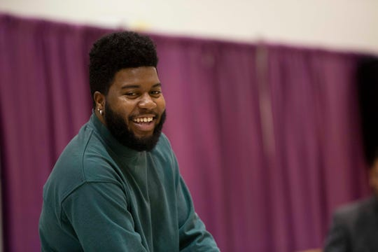 El Paso fans may want to stay up late Saturday to watch superstar and El Pasoan Khalid perform on Saturday Night Live.