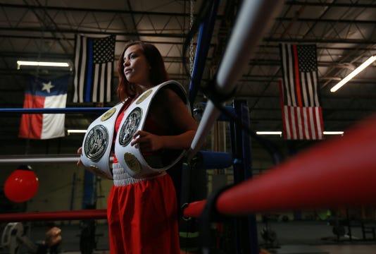 Main Boxer Kayla Gomez