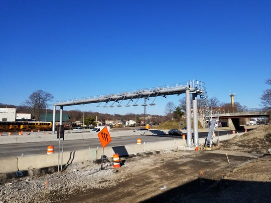 The cashless-tolling gantry along Interstate 95 in New Rochelle.