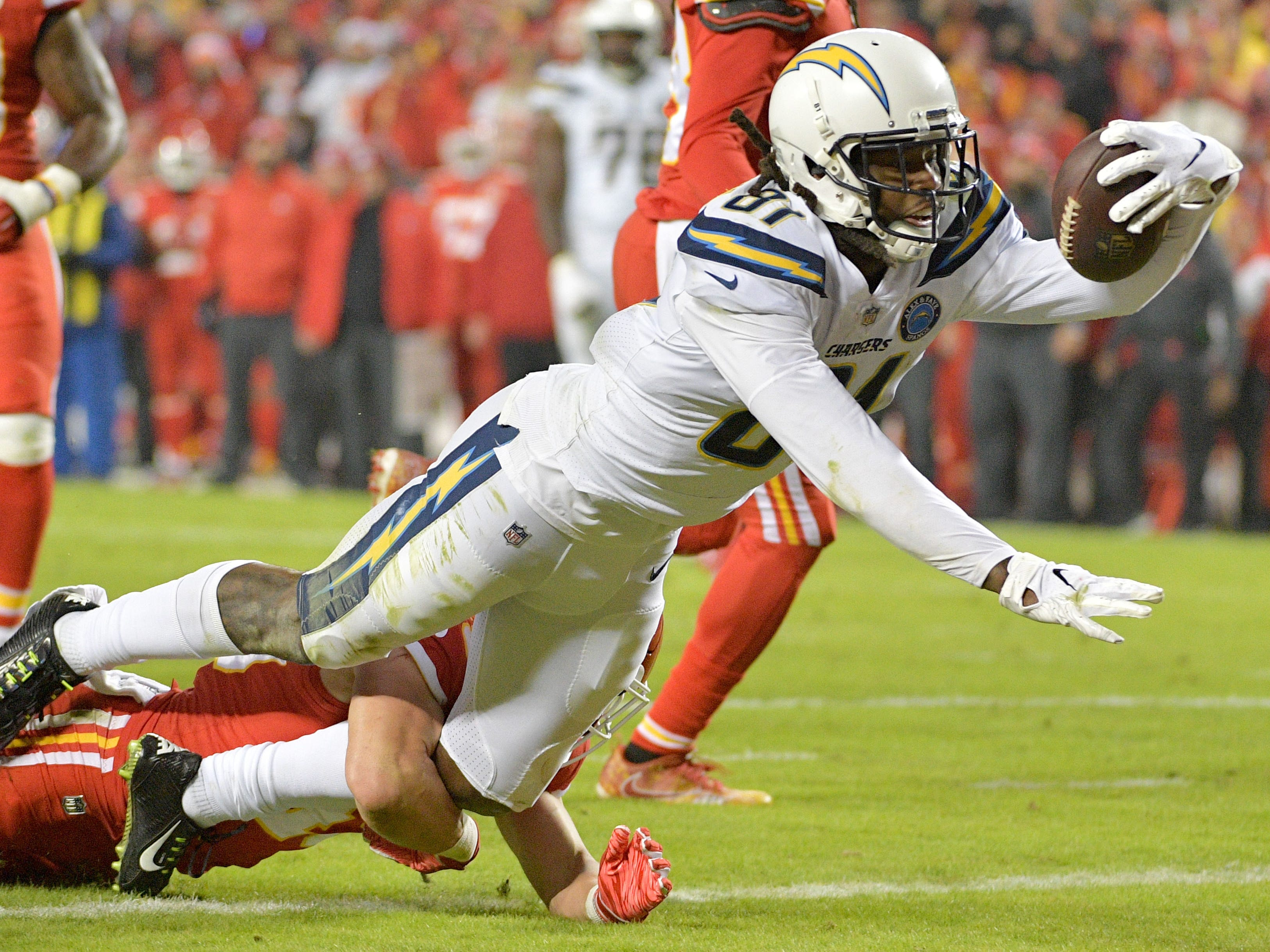 Los Angeles Chargers wide receiver Mike Williams runs in for a touchdown against the Kansas City Chiefs during the second half at Arrowhead Stadium.