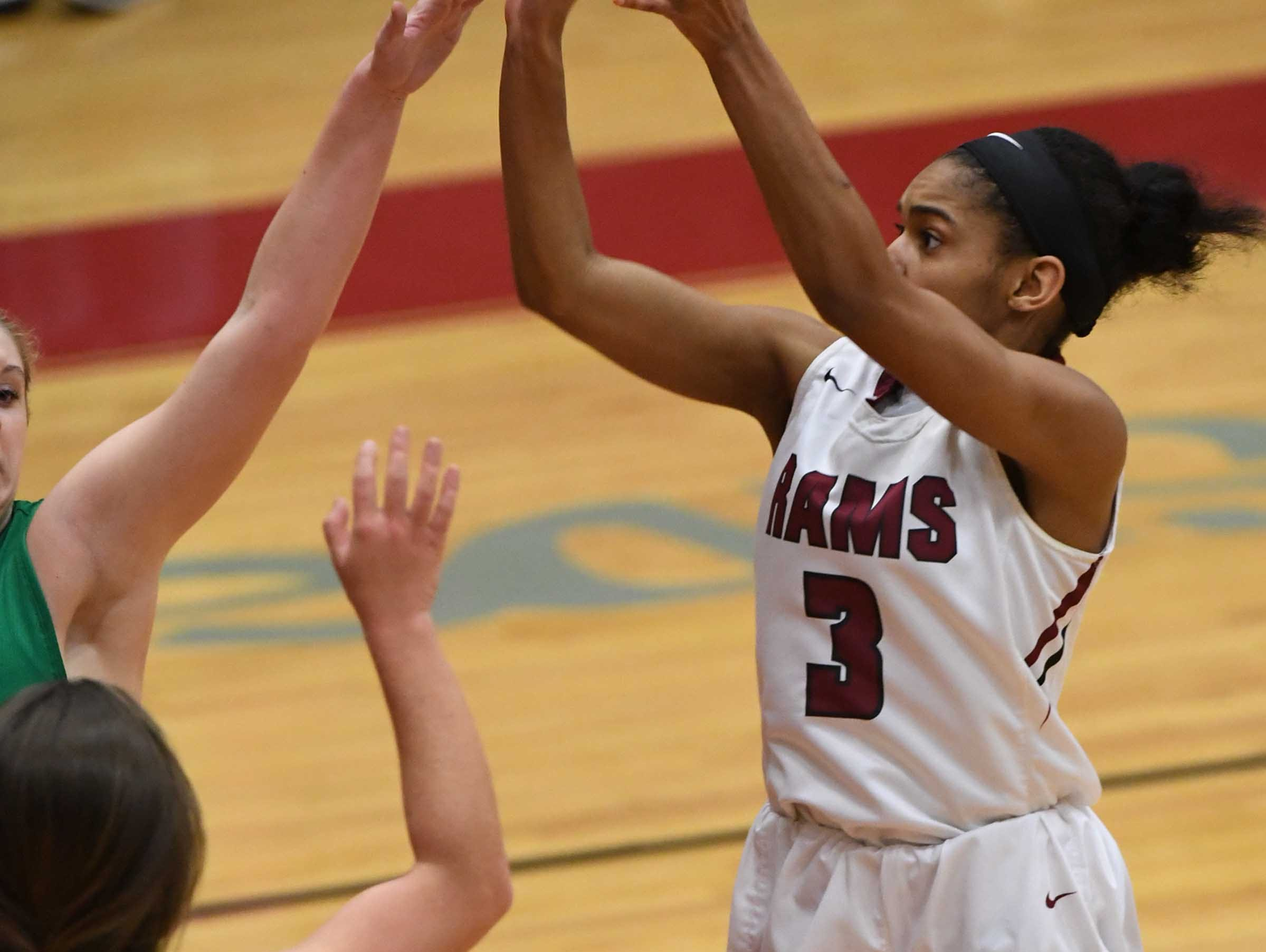 Westside freshman Anaiyah Harper(3) shoots during the third quarter at Westside High School in Anderson on Friday.