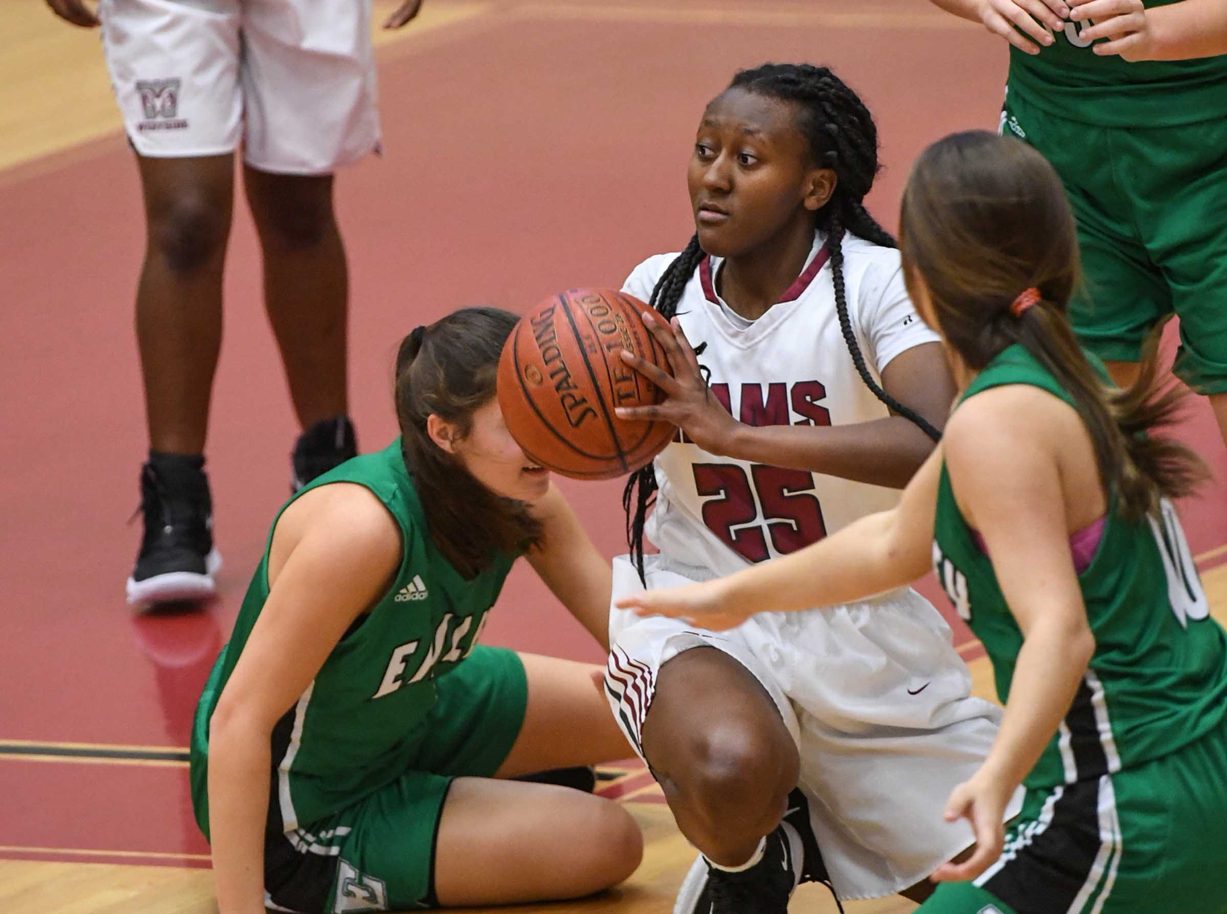 Westside junior Keyshuna Fair(25) passes the ball during the third quarter at Westside High School in Anderson on Friday.