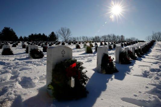 Apc Wreaths Across America 121518 Rbp109