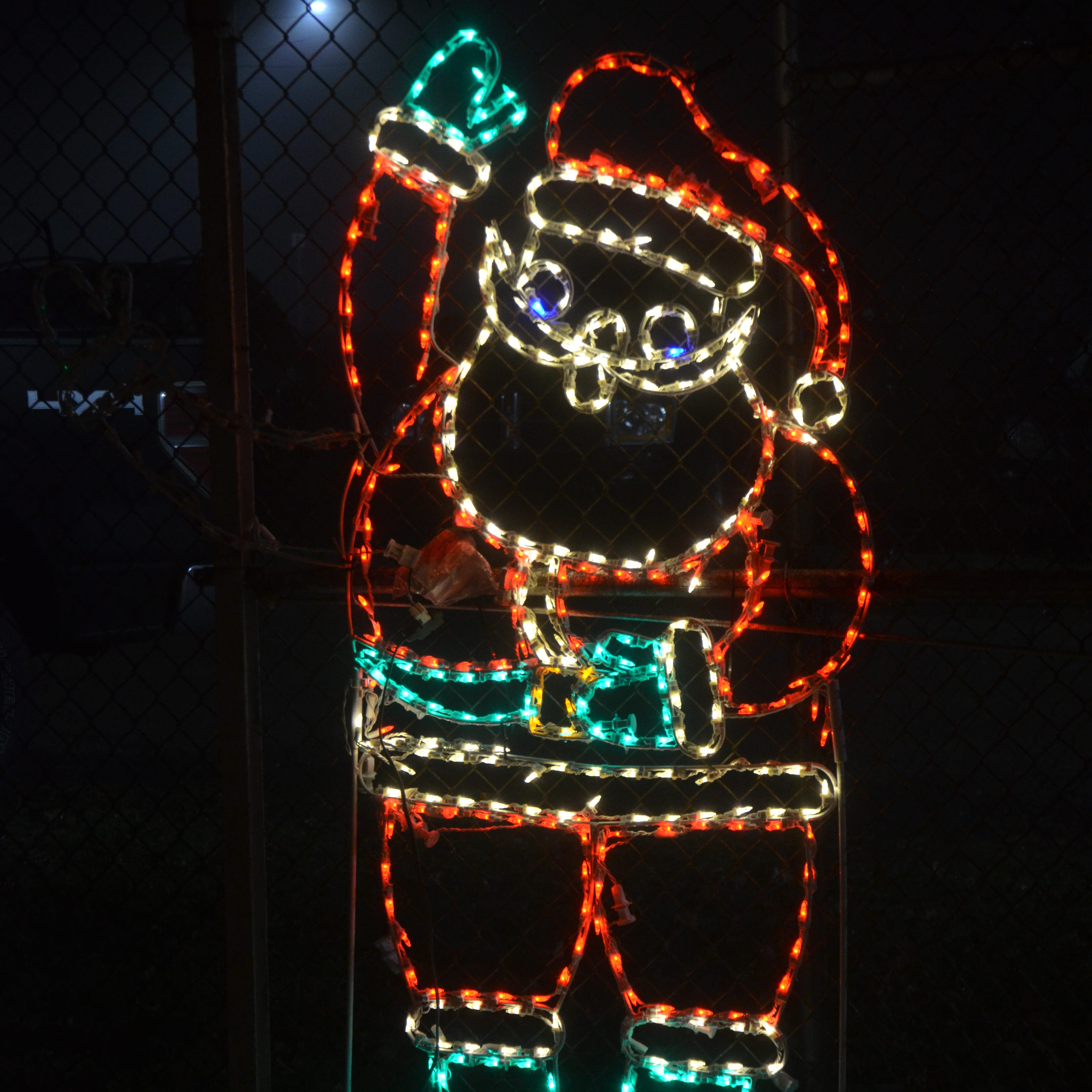 Lights, Santa and hot cocoa at the Merry Mile