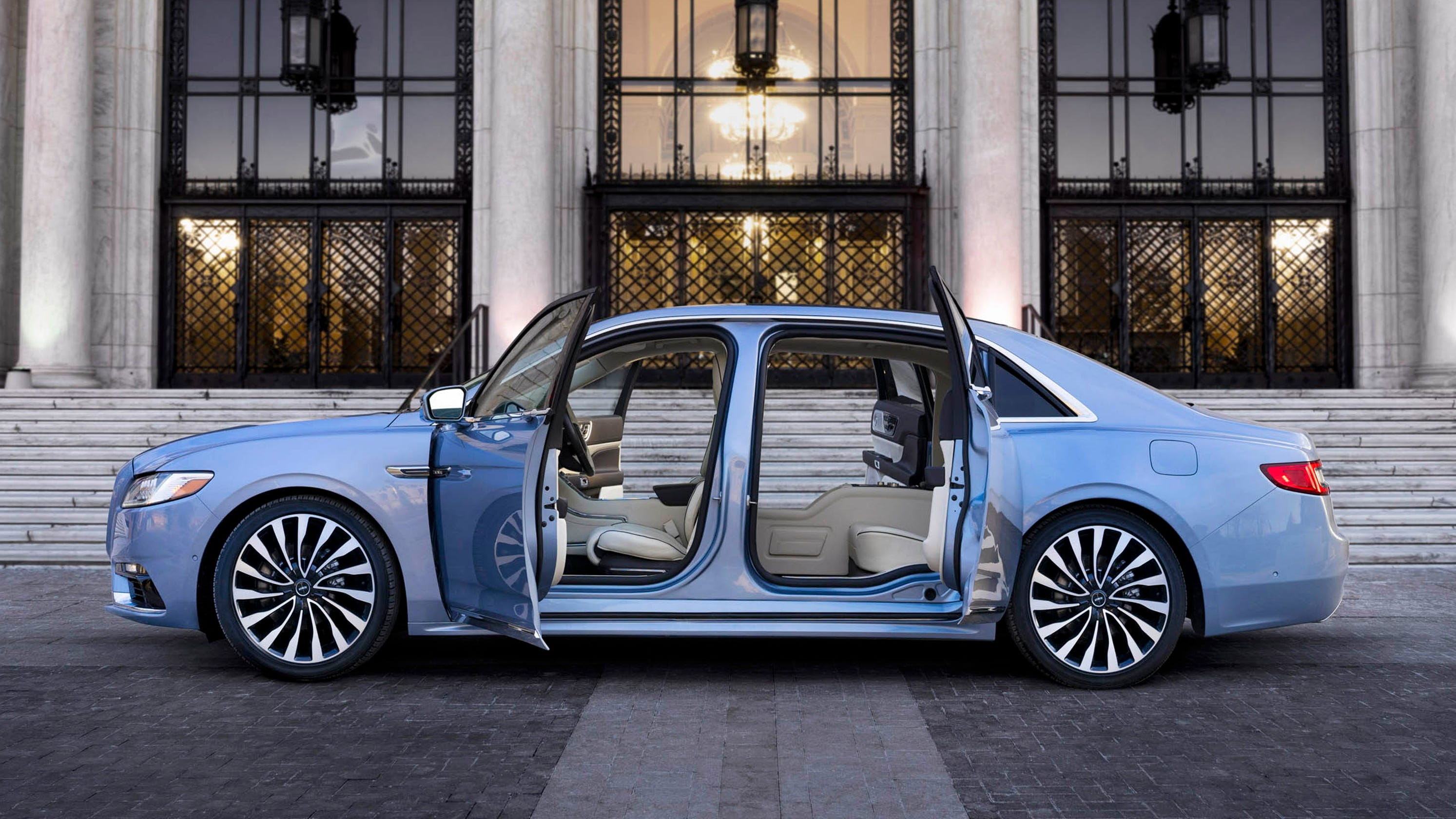 lincoln continental makes vintage limited edition with 39 suicide doors 39. Black Bedroom Furniture Sets. Home Design Ideas
