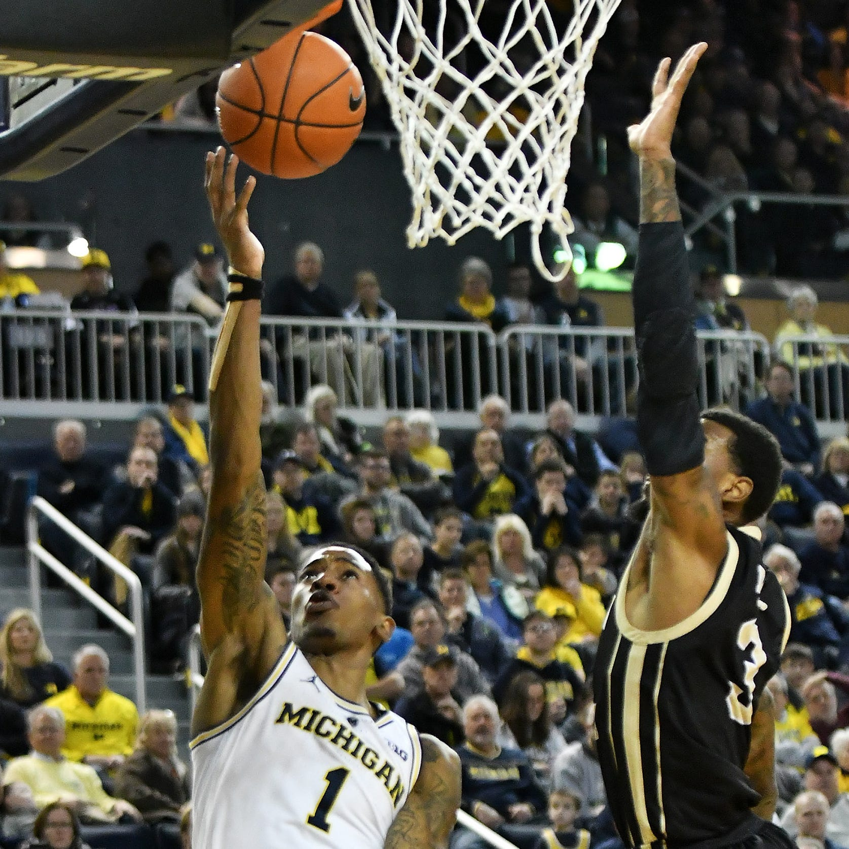 'We needed this': Michigan shows resiliency, holds off Western Michigan
