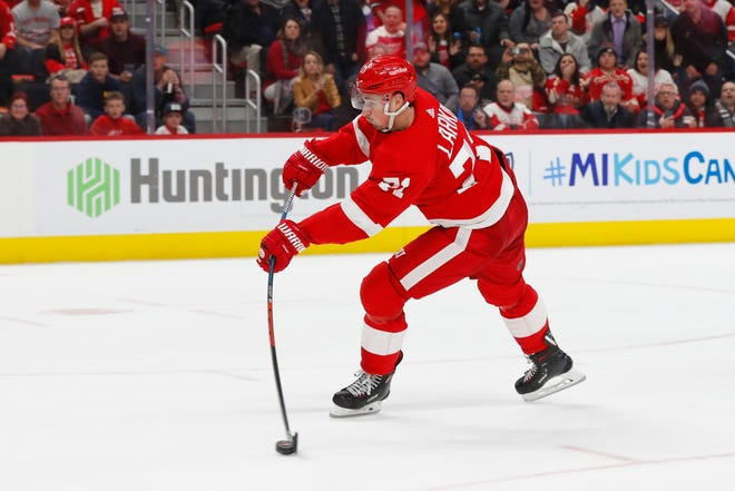 """The two players (Jamie Benn and Tyler Seguin) that were called out are great players, they're real hard to play against,"" says Red Wings forward Dylan Larkin."