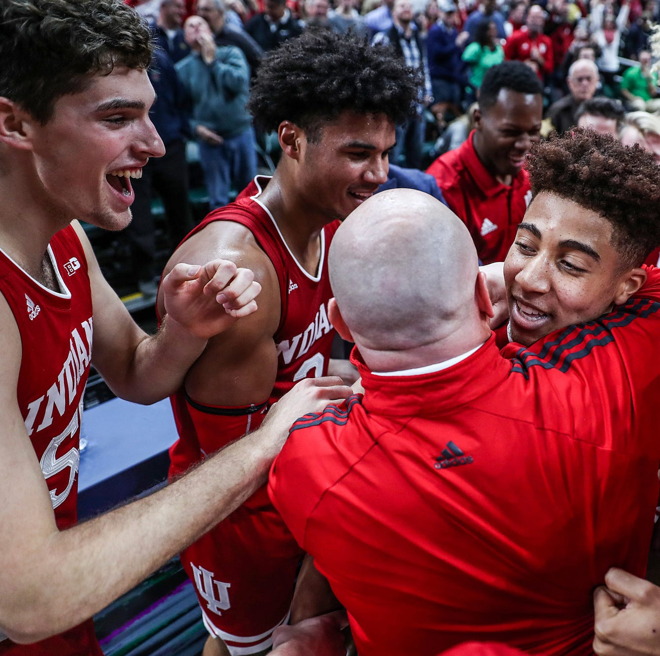 Buzzer breakdown: Last-second shot by Rob Phinisee lifts IU over Butler in Crossroads Classic
