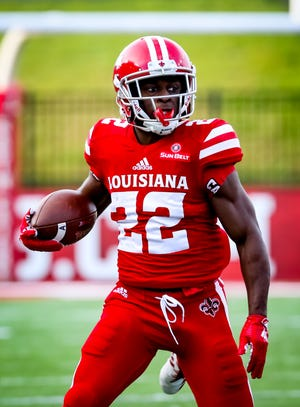UL receiver Earnest Patterson Jr. prepares to make a move after a catch in a win over South Alabama this season that made the Cajuns bowl-eligible.
