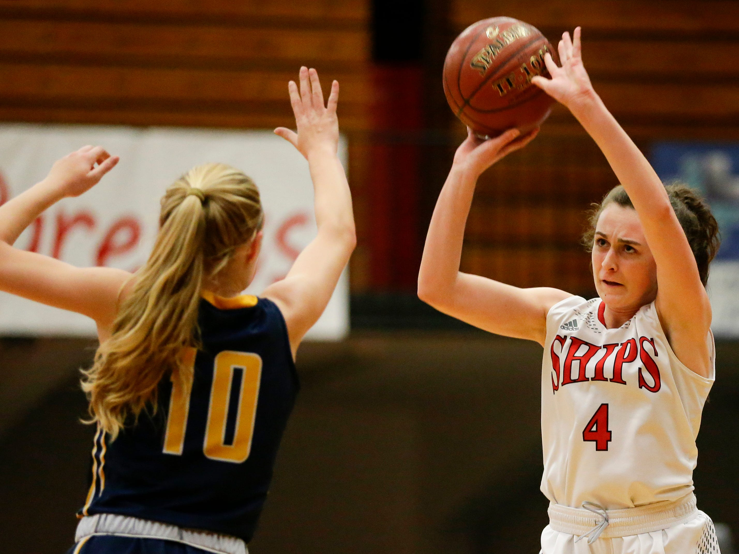 Manitowoc Lincoln's Ava Swoboda shoots against Sheboygan North during a Fox River Classic Conference game at Manitowoc Lincoln High School Friday, December 14, 2018, in Manitowoc, Wis. Joshua Clark/USA TODAY NETWORK-Wisconsin