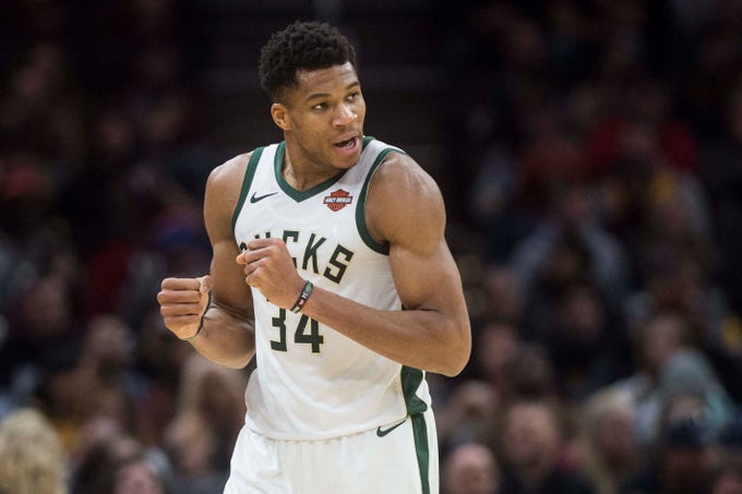 Bucks forward Giannis Antetokounmpo scored 44 points on Friday night.