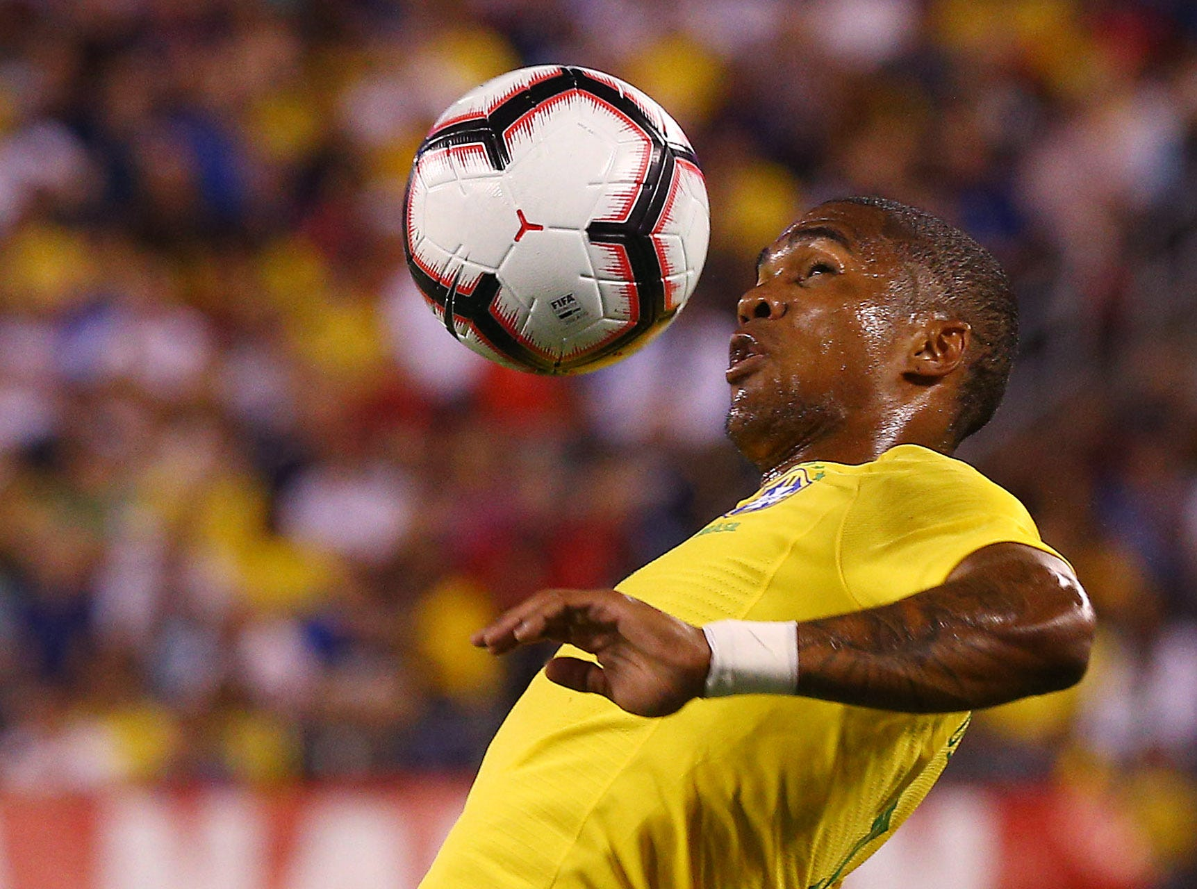 Brazil's Douglas Costa controls the ball vs. the U.S. Men's National Team during their international friendly at MetLife Stadium in East Rutherford, N.J. The US was defeated 2-0 by the five-time World Cup champions. September 7, 2018, East Rutherford, NJ