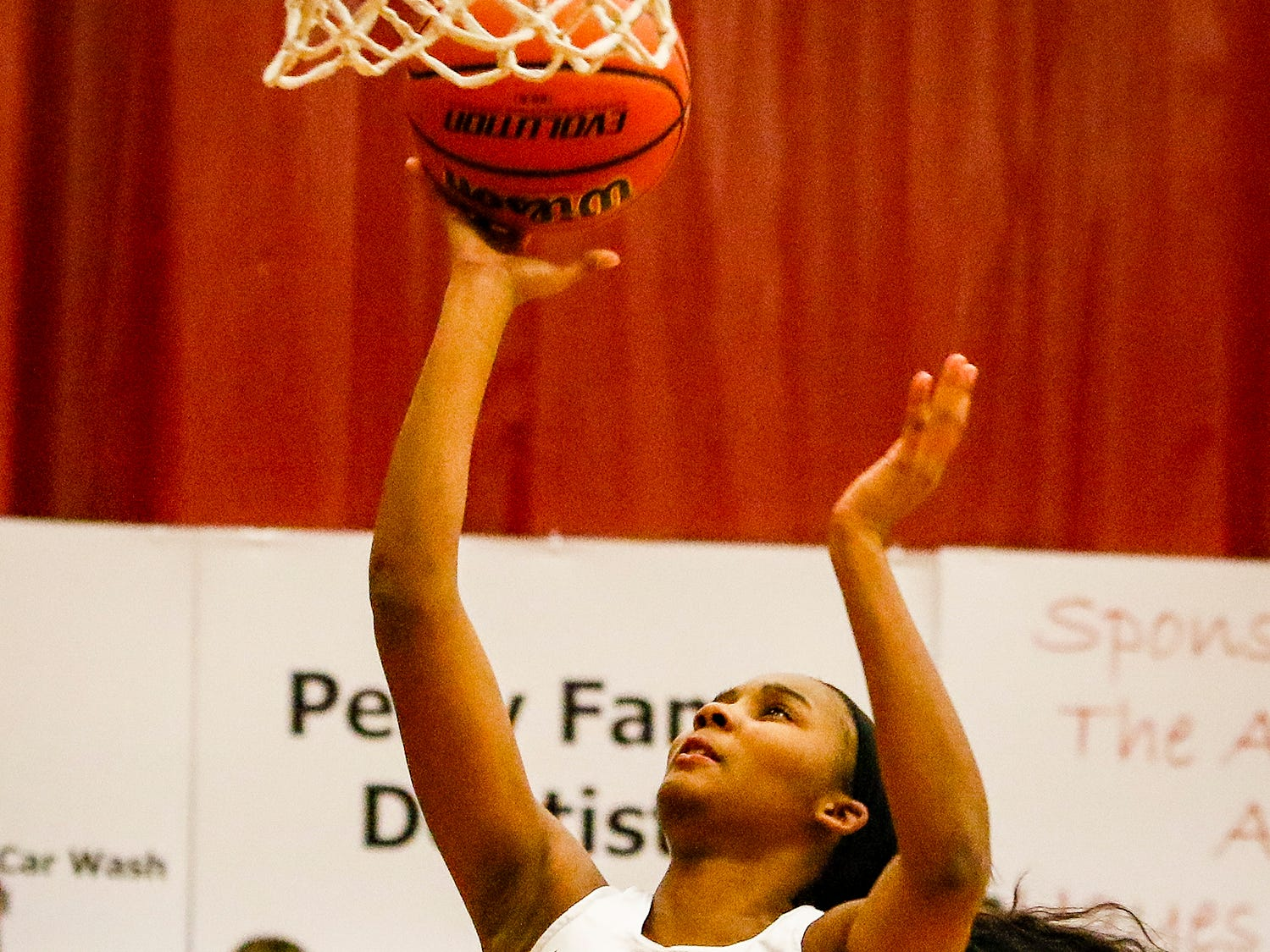 Riverdale's Aislynn Hayes goes up for two of her 19 points Friday.
