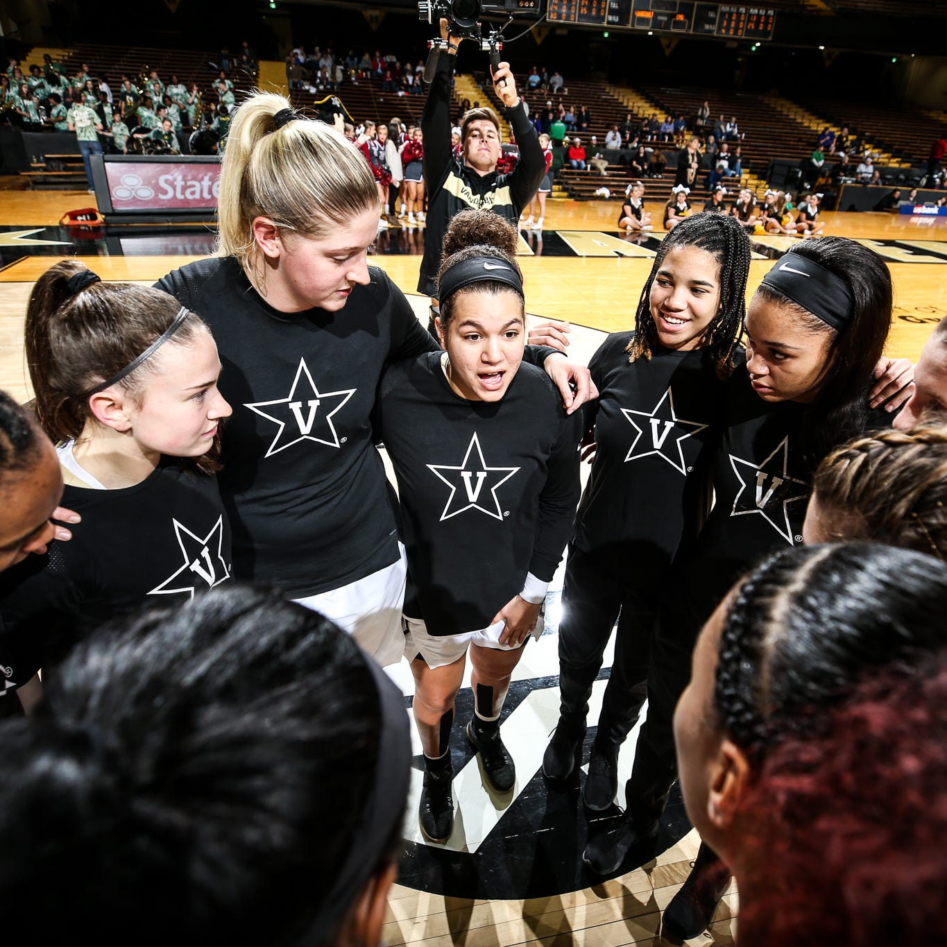 Vanderbilt women's basketball ends game with only six players, loses to Central Michigan