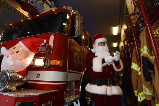 Santa Comes To Rutherford