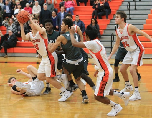 1 Novi vs Northville hoops.jpg