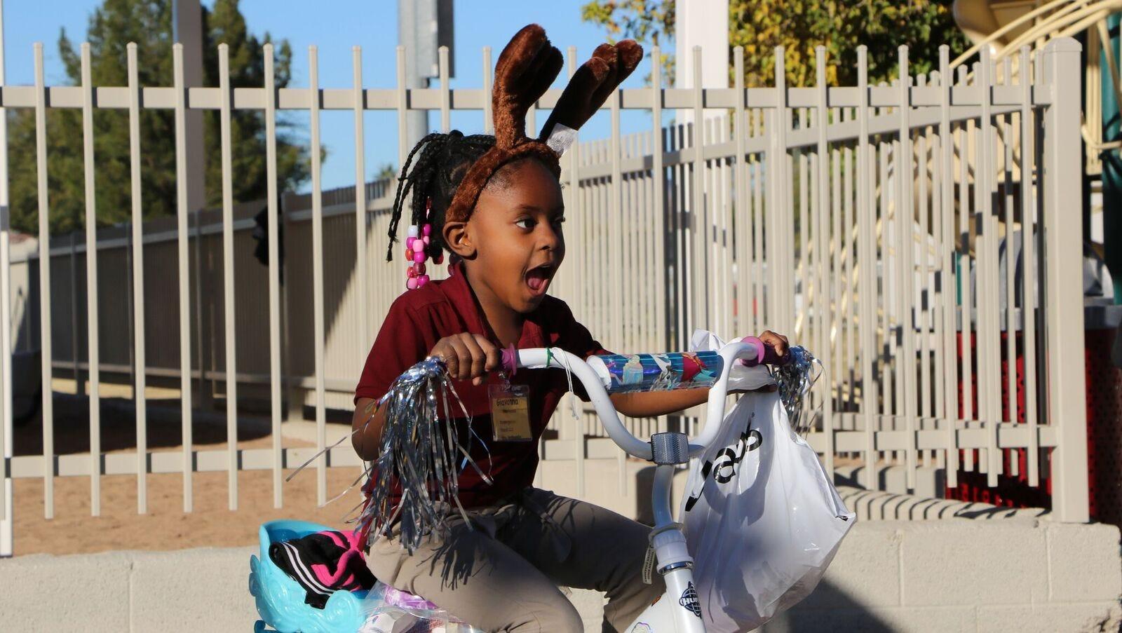 72 Phoenix schoolchildren go bananas when new bikes are revealed