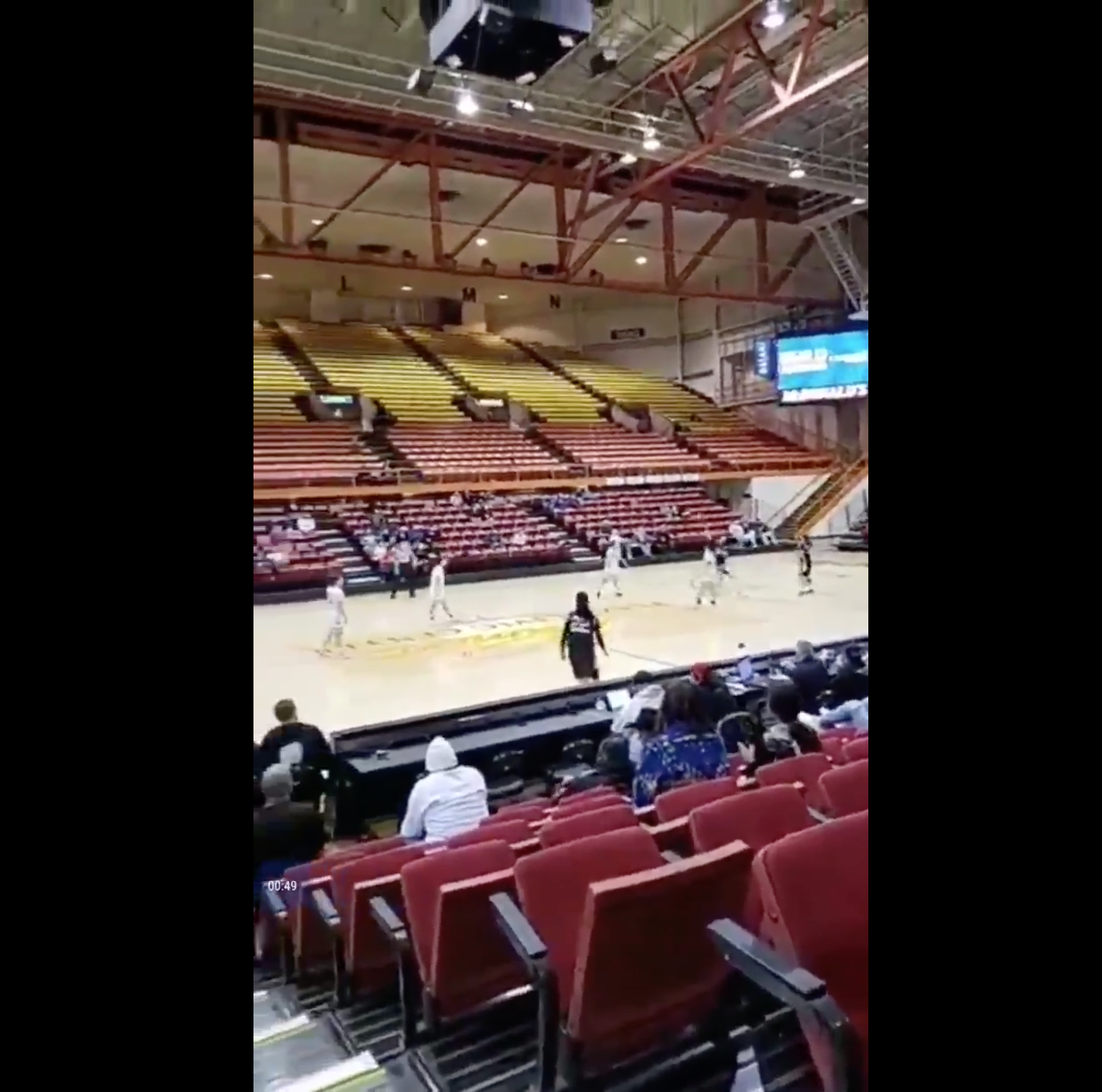 Pine Ridge 8th grader Maleighya Estes hits 3/4-court shot