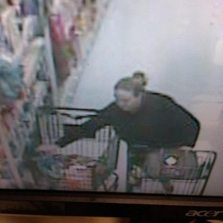 Grinch alert: Purse stolen when shopper looked away