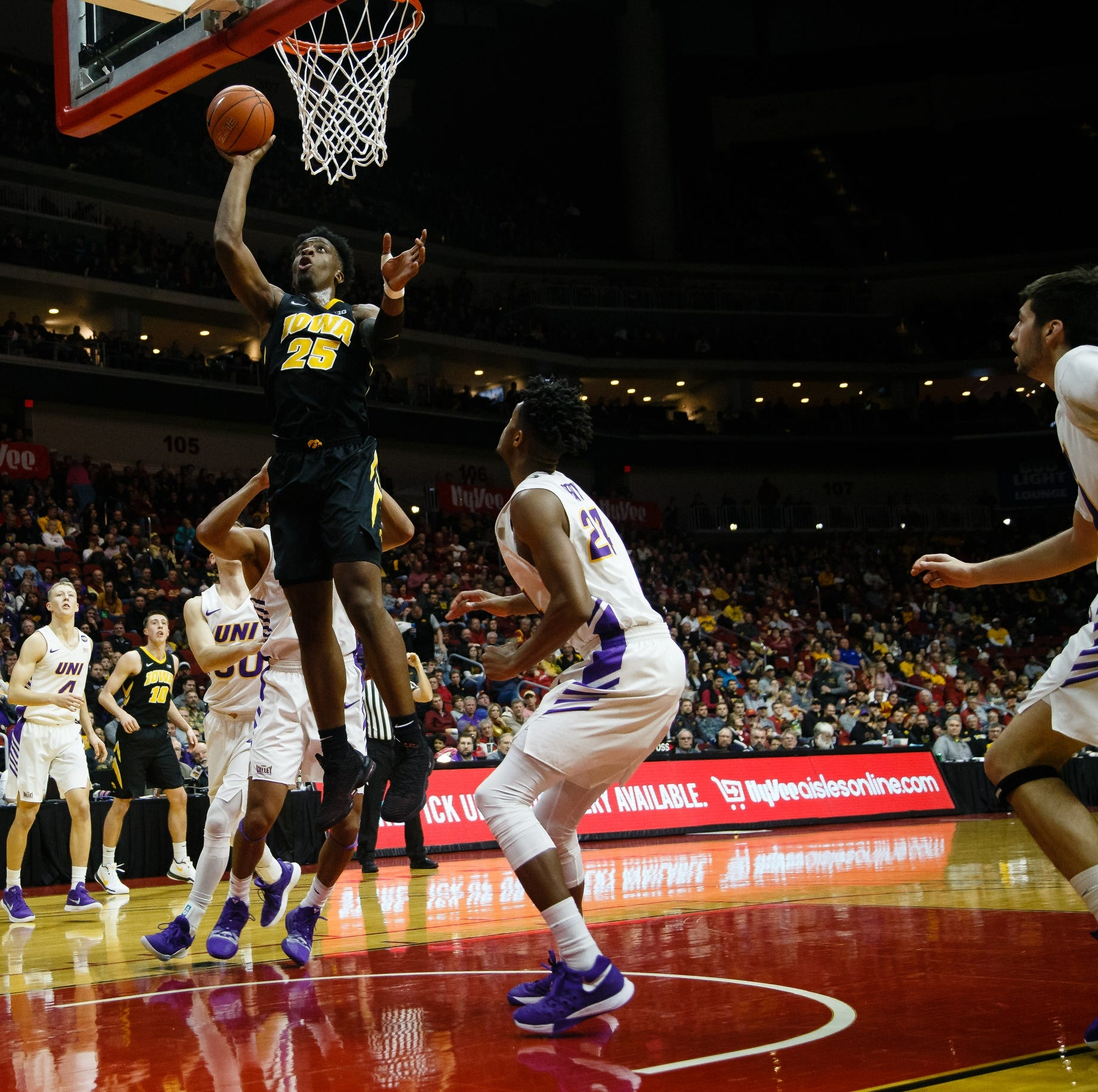 Emmert's Thoughts: Iowa's Bohannon ushers win with gritty defense on UNI's Green