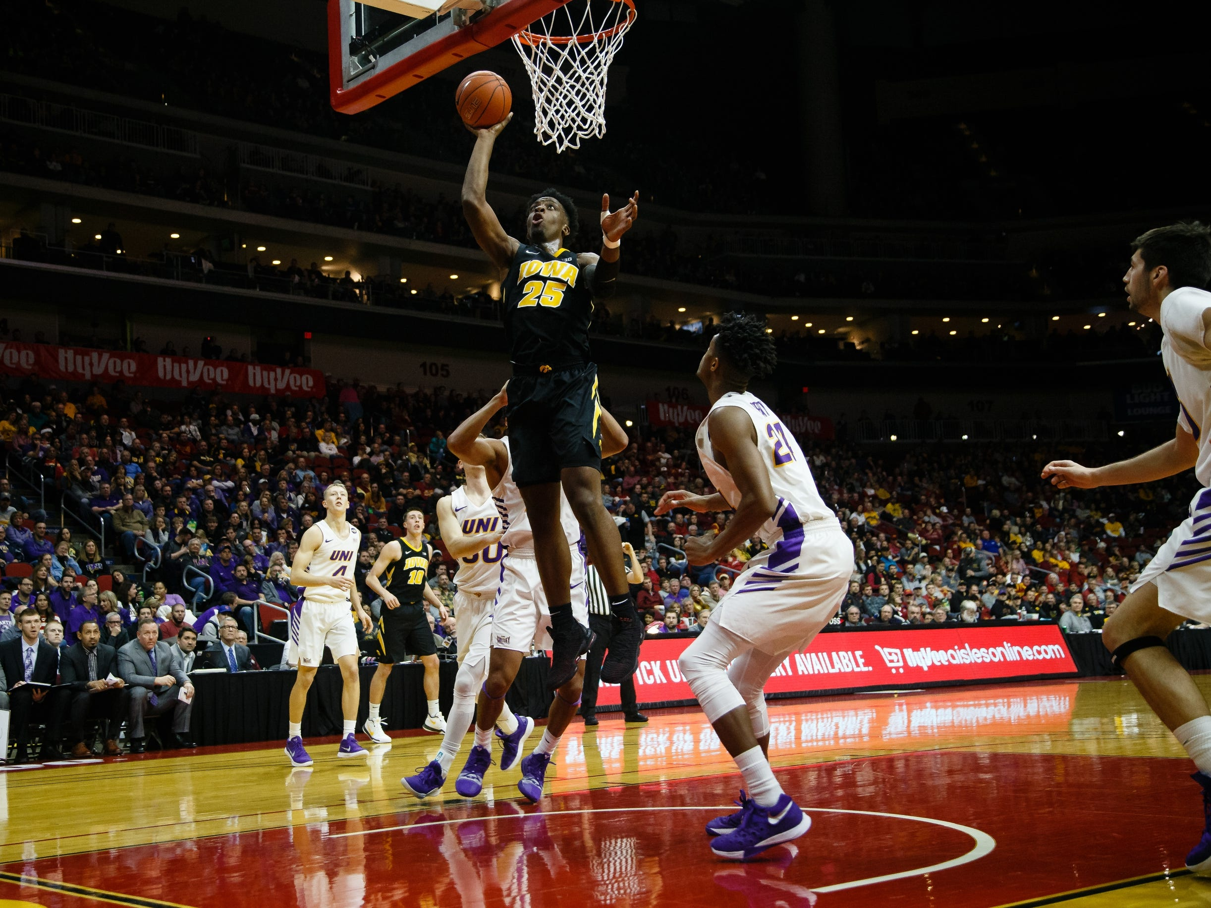 Iowa's Tyler Cook (25) shoots during their basketball game at the Hy-Vee Classic on Saturday, Dec. 15, 2018, in Des Moines. Iowa takes a 39-18 lead over UNI into halftime.
