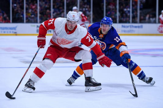 Nhl Detroit Red Wings At New York Islanders