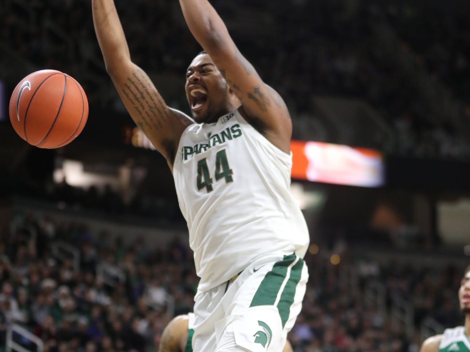 Michigan State forward Nick Ward dunks against Green Bay in the first half Sunday, Dec. 16, 2018 at the Breslin Center in East Lansing.