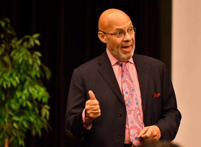 """Former Detroit mayor Dennis Archer talks about his history and his new book, """"Let the Future Begin"""" at the Detroit Public Library main branch in Detroit on Dec. 16, 2018."""