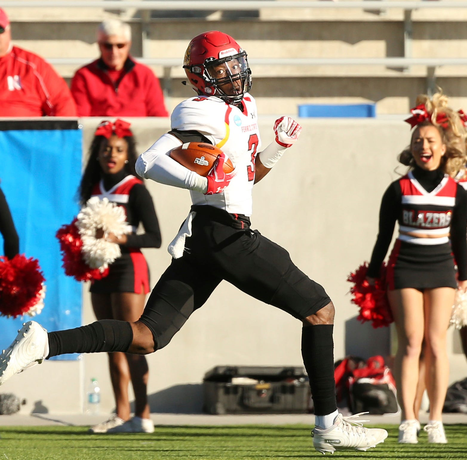 Ferris State's Division II title bid ends in wild 49-47 shootout loss