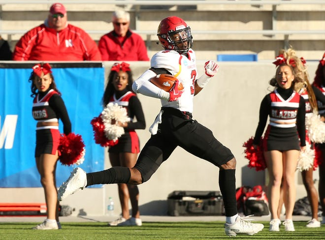 Ferris State wide receiver Keyondre Craig (3) runs for a touchdown against the Valdosta State during the first quarter.